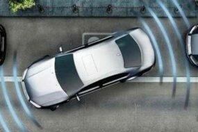 Как правильно парковаться задним ходом?